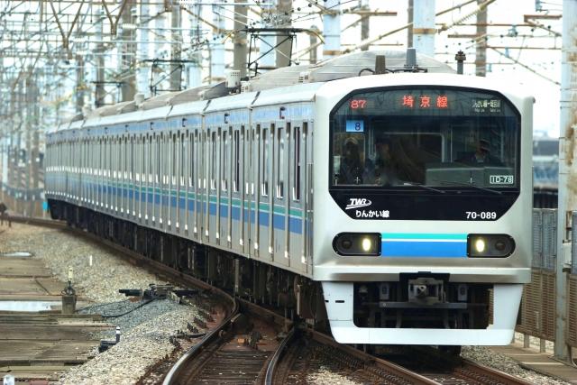 Tokyo Waterfront Area Rapid Transit type 10-000 train on the Rinkai Line
