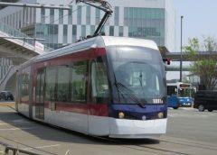 The ultra low floor train type 0800 of Kumamoto City Transportation Bureau