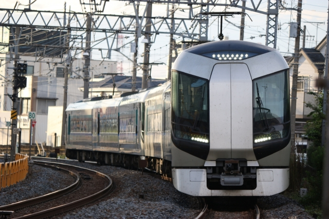 """Tobu 500 series train used in """"Snow Pal 23:55"""" as well as limited express """"Liberty"""" (Photo AC/kiss x7)"""