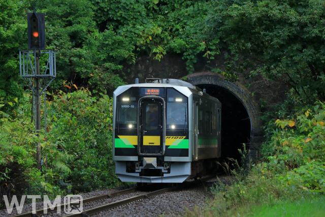 JR Hokkaido H100 series diesel cars used for local trains on the Hakodate Line (中村 昌寛/ Photo AC)