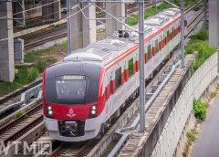 Hitachi's SRT 2000 series train running on the SRT Light Red Line